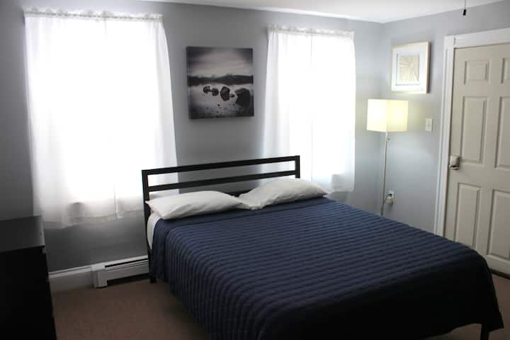 Comfortable Stay, not far from Downtown and Fenway