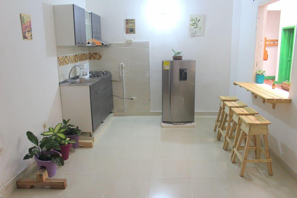 Cozzy kitchen - Cocina equipada