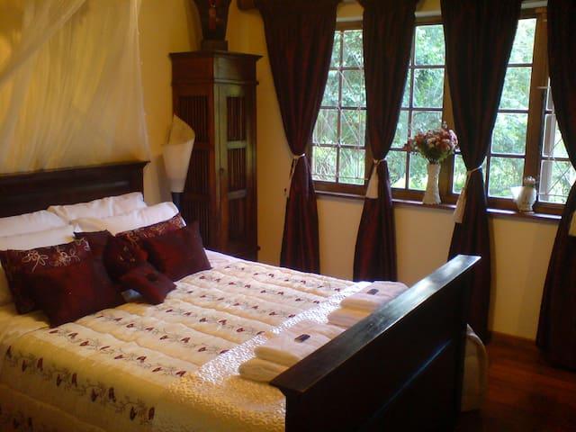 Macnut Farm Standard room 2 - Outer West Durban - Bed & Breakfast