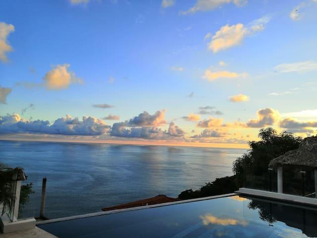 """Villa """"Diamante"""" en Acapulco"""