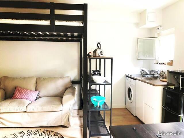 Charming apartment in Bordeaux Center