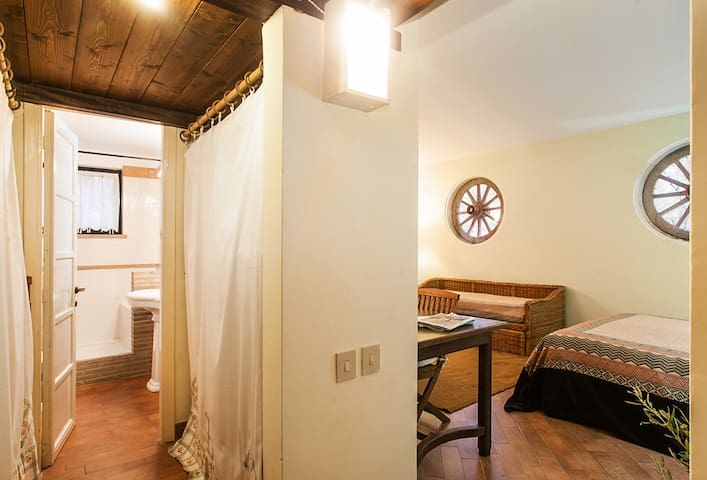 Loft in farmhouse - swimming pool - Collevecchio - Apartment