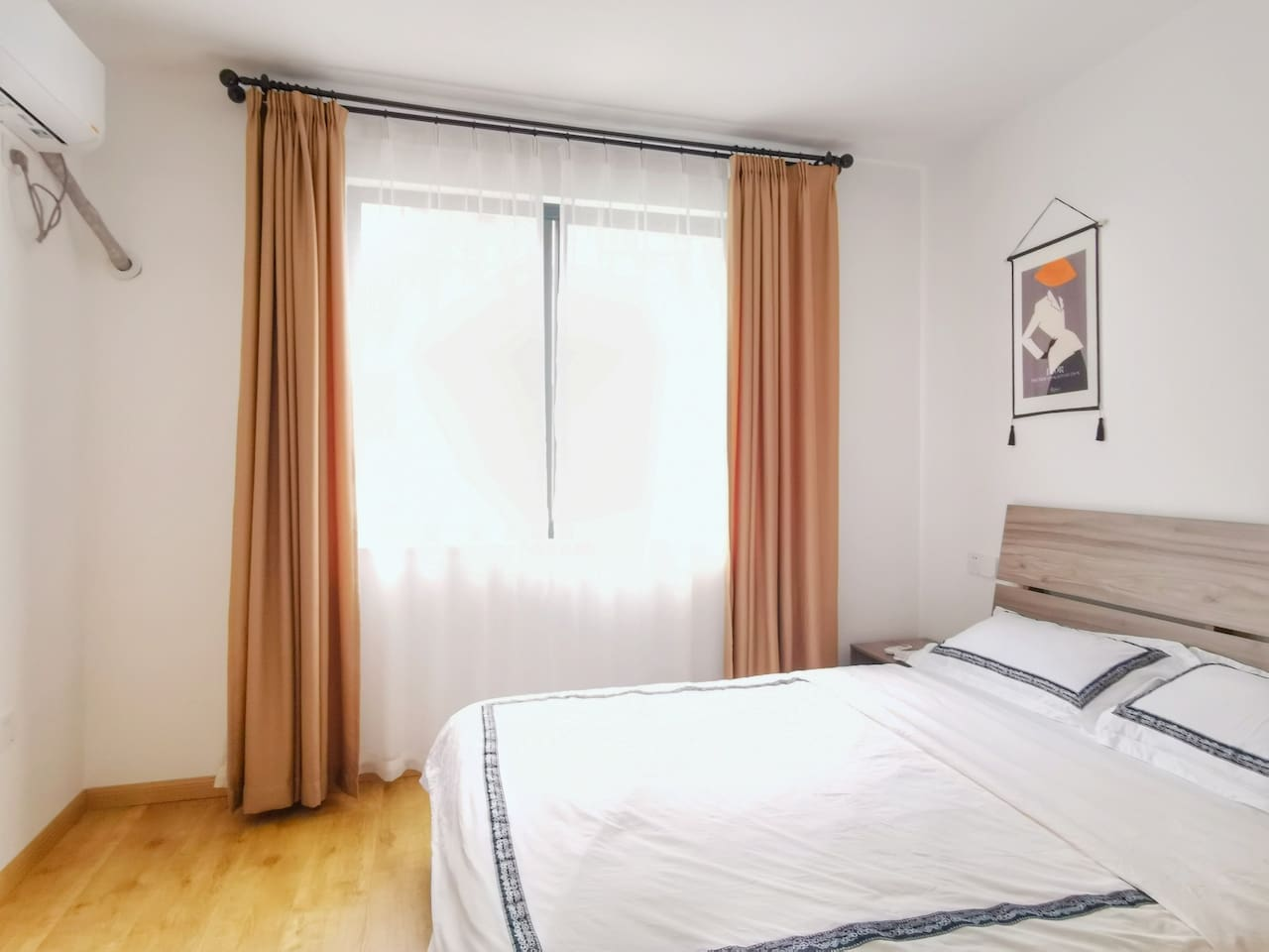 卧室3-1.5米双人床