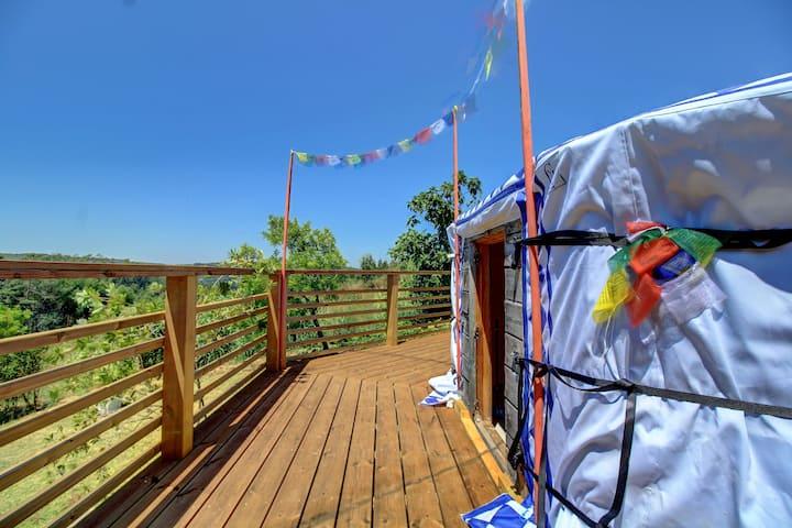Yurt em Casa Lili O´este