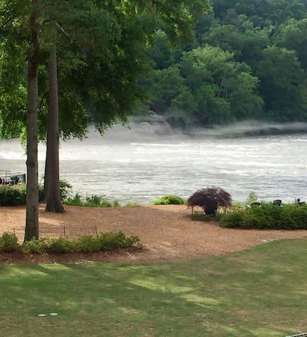 River Rest: Chattahoochee, Braves, Cumberland!