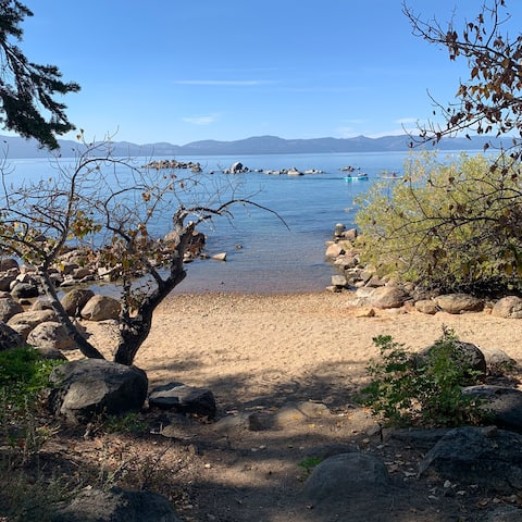 Relax and Refresh - Rockwood Cottage at Lake Tahoe