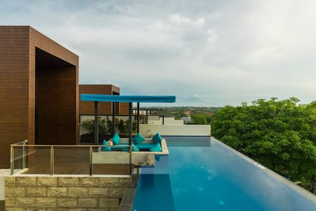 1BR Tropical Pool Villa at Nusa Dua with breakfast