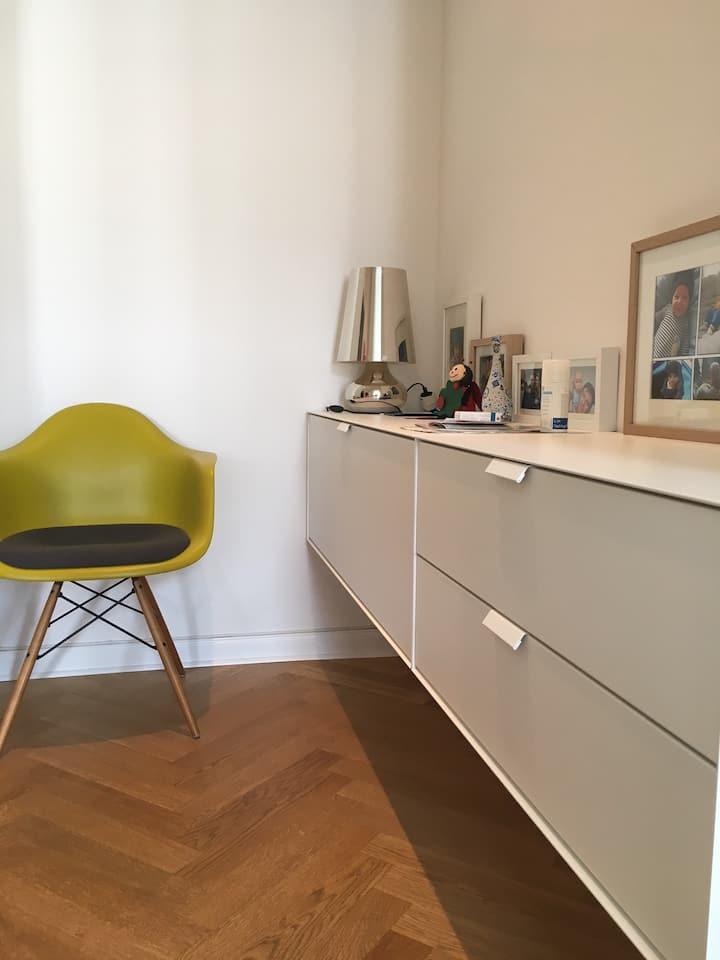 Sehr saubere  Designer Wohnung in der Südvorstadt