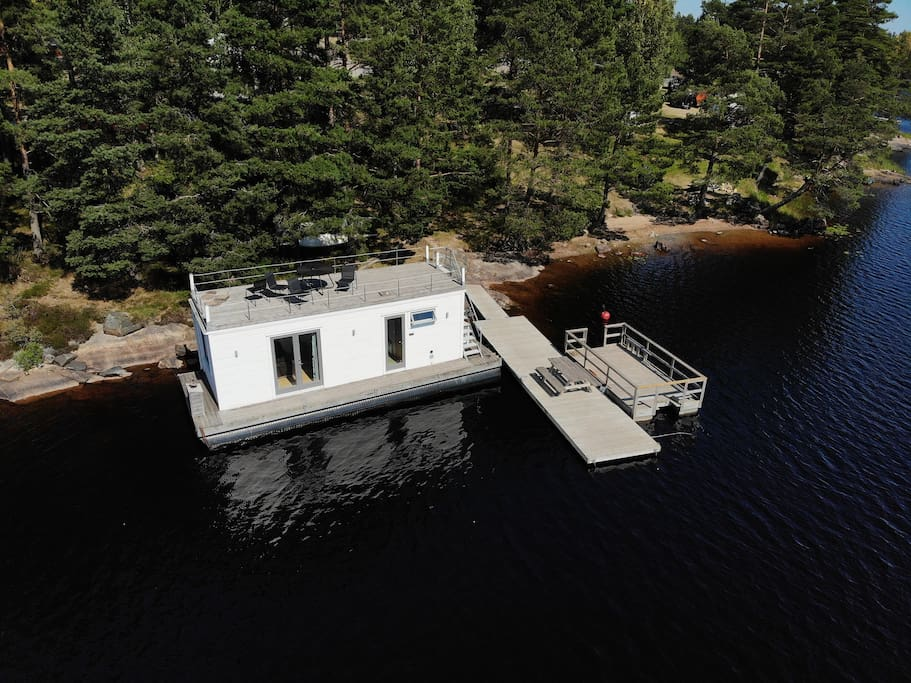 View on the houseboat from above