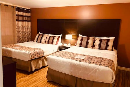 Business or leisure double guest room.....