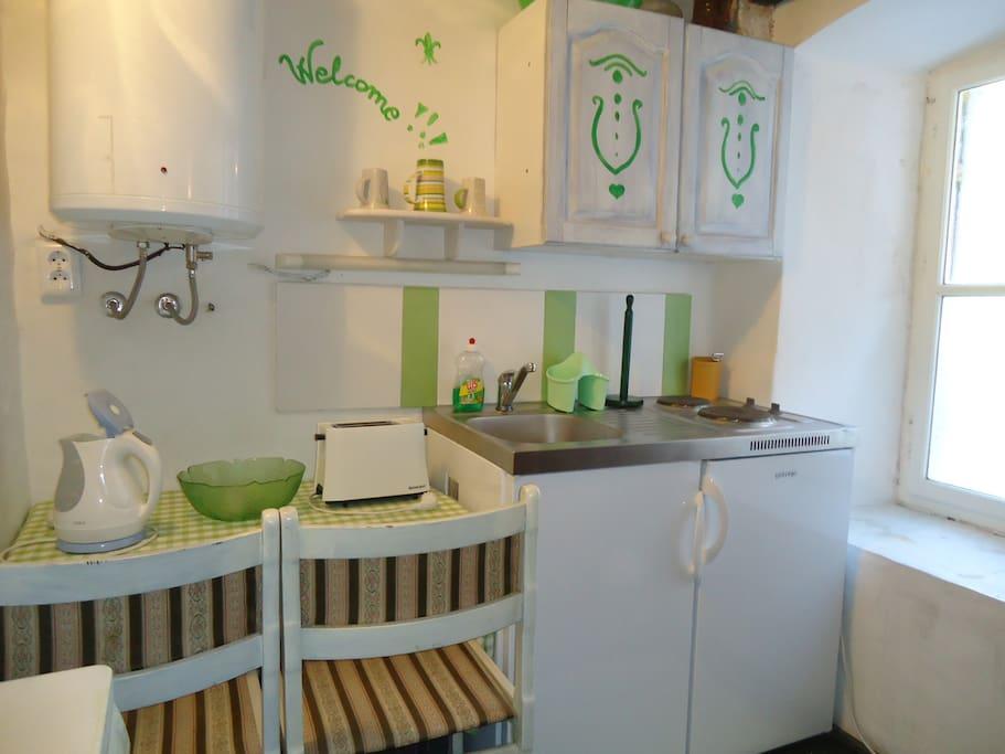 Dining-cooking corner