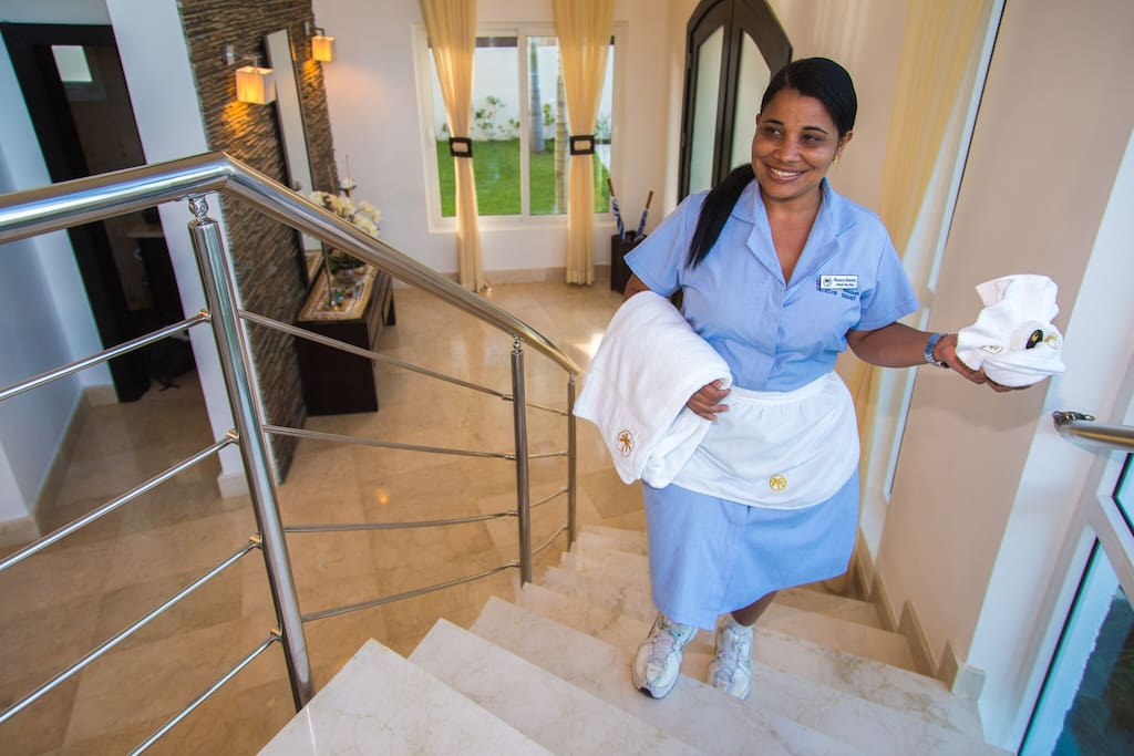 The Royal Villas are part of the all-inclusive Lifestyle Holidays Vacation Resort and guests of these villas have access to all the facilities of the Resort (excluding the V.I.P areas). A personal maid and in-house chef services complete these perfect accommodations.