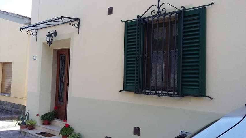 Holiday House on the Hills - Pistoia - Casa