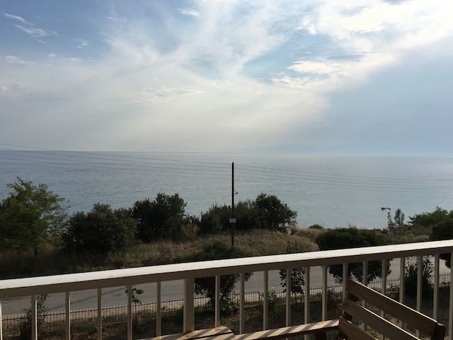 1st beach view apartment, suitable for relaxing - Νέα Καλλικράτεια - Társasház