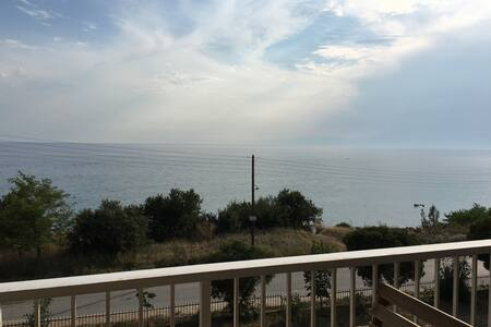 1st beach view apartment, suitable for relaxing - Νέα Καλλικράτεια