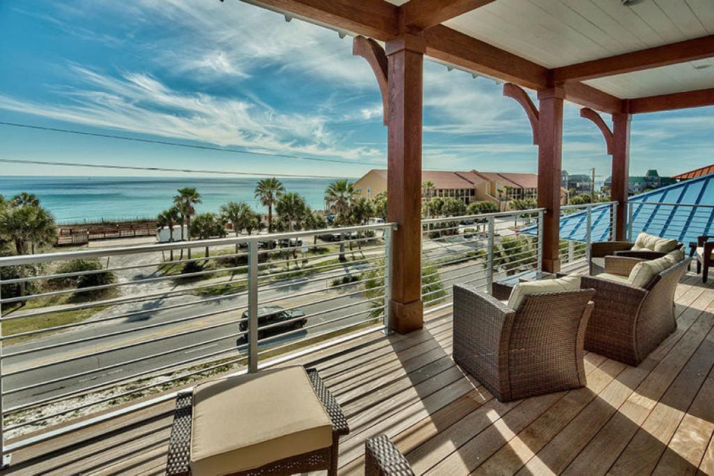 Crystal Shores - Vacation Rental in Crystal Beach