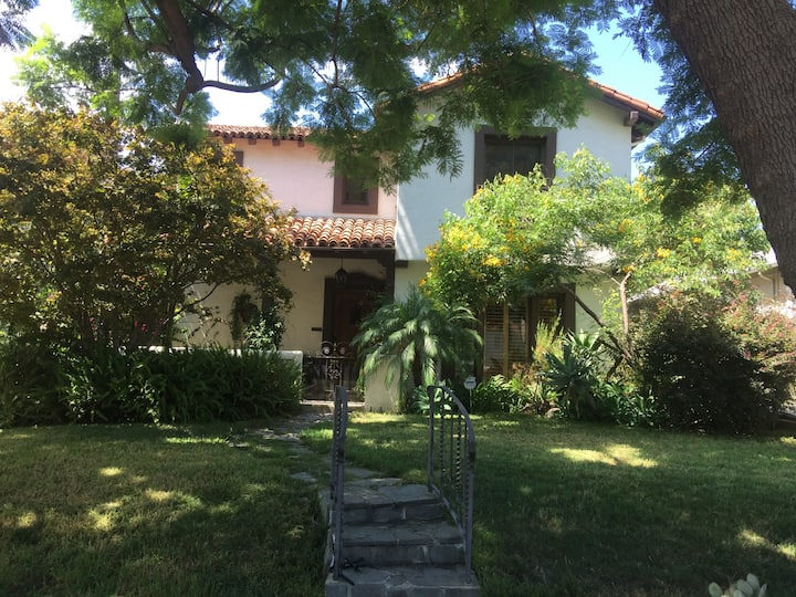 Hollywood/Sunset Strip Private Hideaway