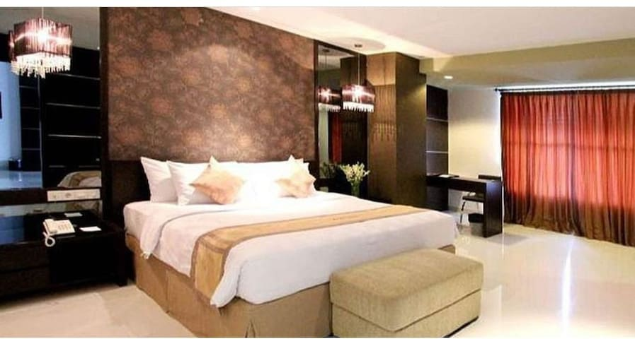 Surabaya Hotel EXECUTIVE SUITE ROOM