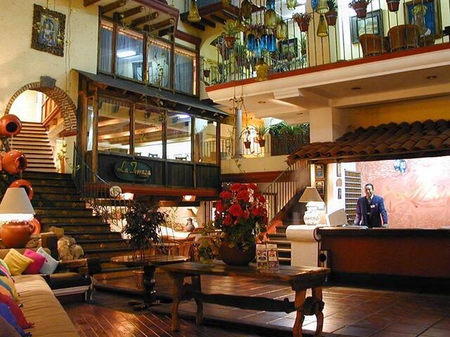 Habitación en Xalapa con todos los servicios.