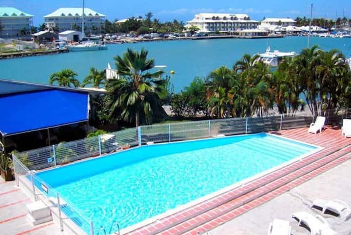 Bel appartement 37m² avec piscine - St-François