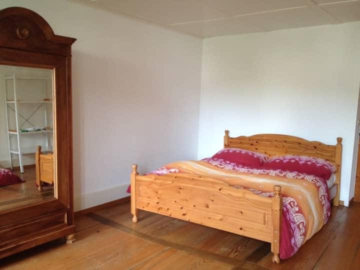 Zimmer in historischem Haus (Doppelbett)