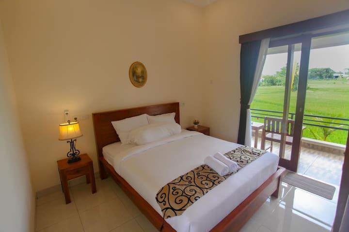 DeRose Guest House Room #6, Canggu - Bali