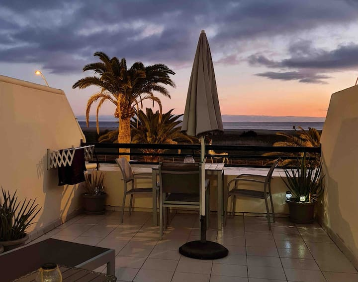 """Seafront Apartment """"Jandia Me"""" with wifi & aircon"""