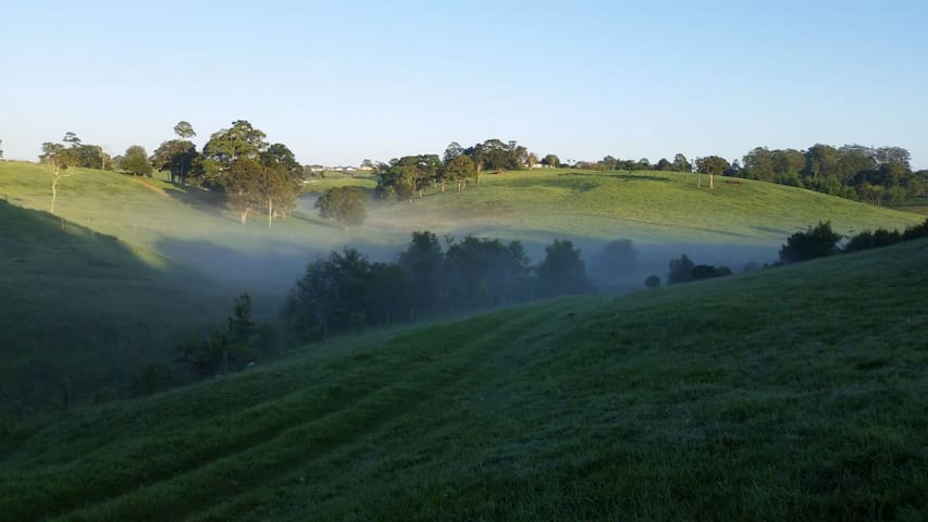 Maleny Clover Cottages (Cottage Two)