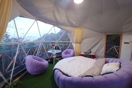 武当山本来民宿☞躺在床上看金顶,浪漫大圆床,野奢星空帐篷房