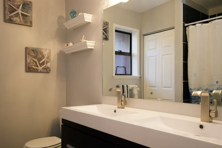 Washroom with soaker tub and shower