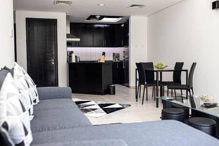 Luxury One Bedroom Apartment @DG (3)