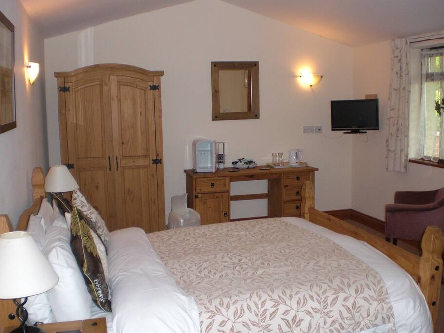 Private ensuite room with table and chairs