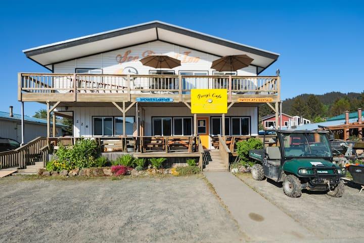Sea Parrot Inn exterior