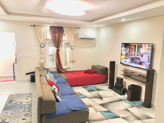 Maison 3 pièces meublé et entièrement climatisée