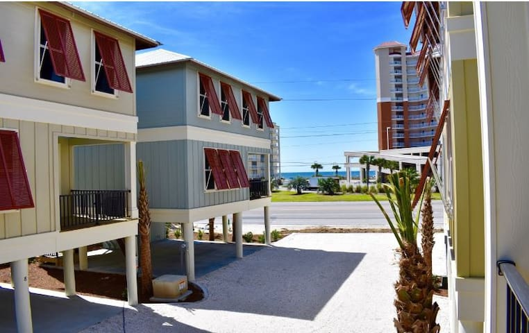 Blue Crab 2,Sleeps 10,Gulf View, Beach Access,Pool