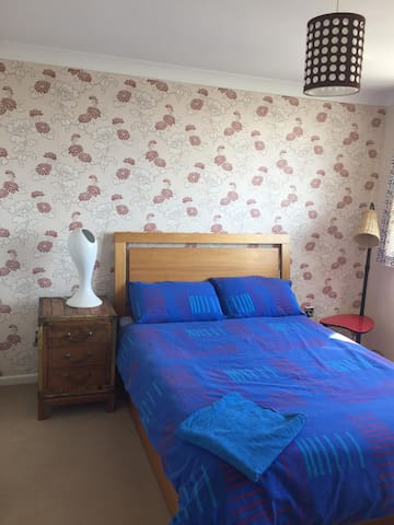 Quiet house twenty minutes from Brighton - Peacehaven - House