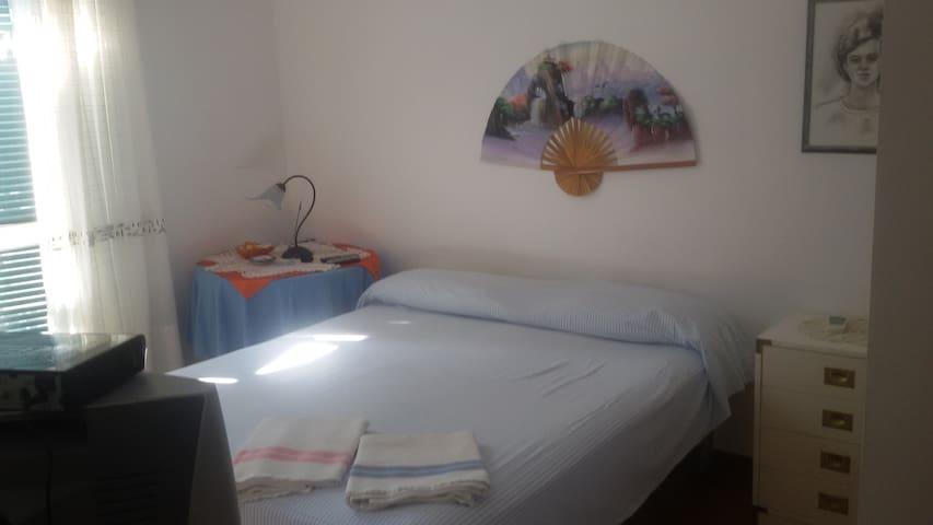 Stanza  con terrazzo vista mare - Lazio - Appartement
