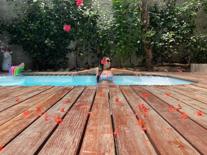 Flats charmosos com piscina e jardim em Boipeba.