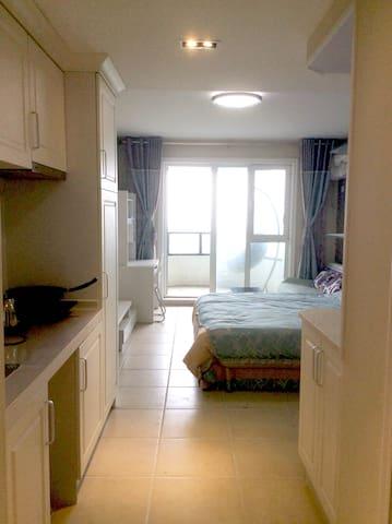 东戴河山海同湾海景公寓大床房 - Huludao - Wohnung