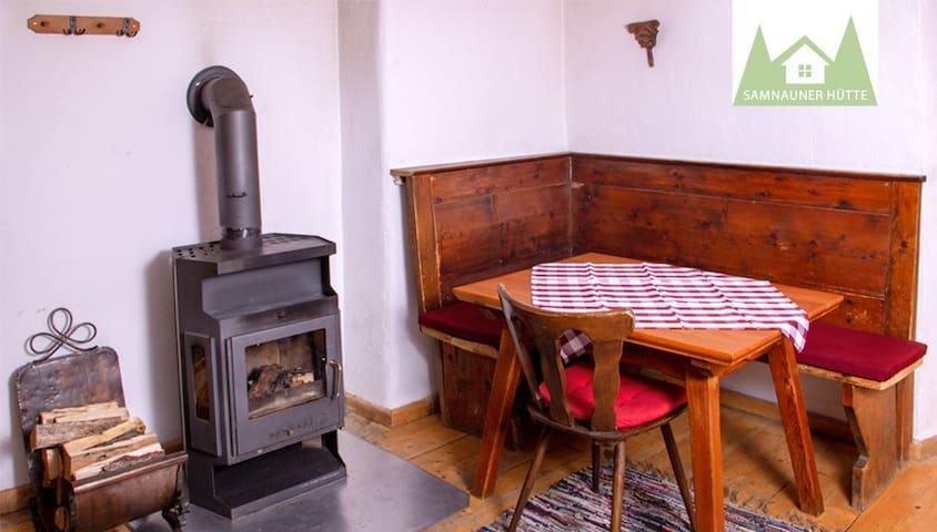 Samnauner Hütte - idyllischer Hüttenflair