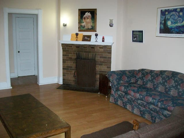 PRIVATE SLEEPING ROOMS IN BETHELEHEM, PA