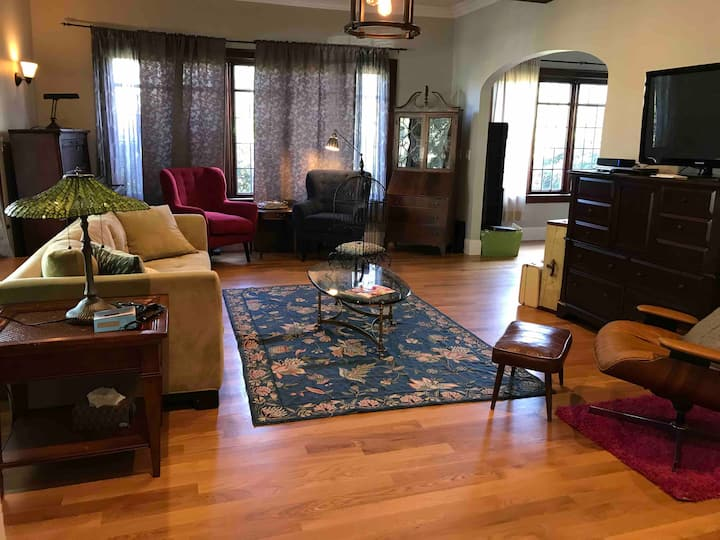 Pet-Friendly Family Home North Slope Historic