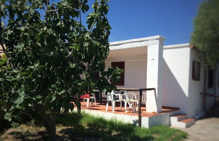 Villa zona Bados, a 400m dal mare