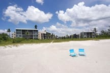 BEACHFRONT CONDO 'Steps From The Beach'