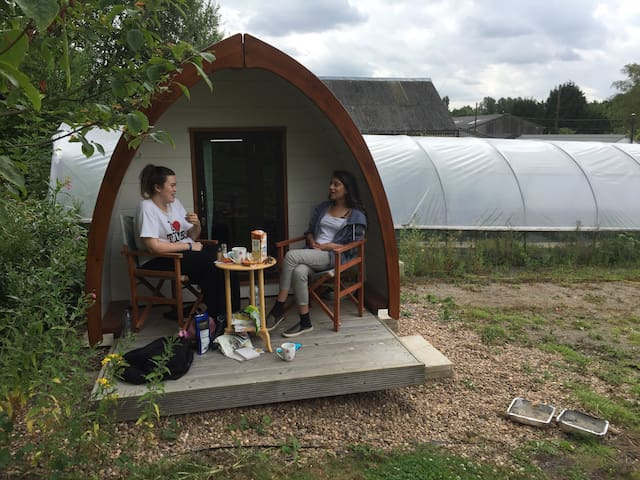 Glamping pod in peaceful spot - Leeds