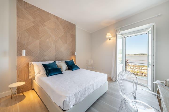 AQUAMADRE Suites -  Deluxe con Balcone e Vista