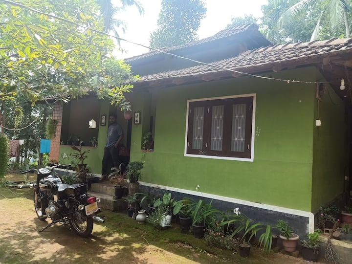 50 year old kerala traditional home, With keralite