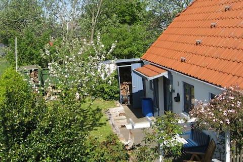 Moderna casa de vacaciones en Bramming con terraza