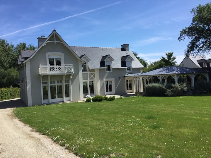 La maison grise