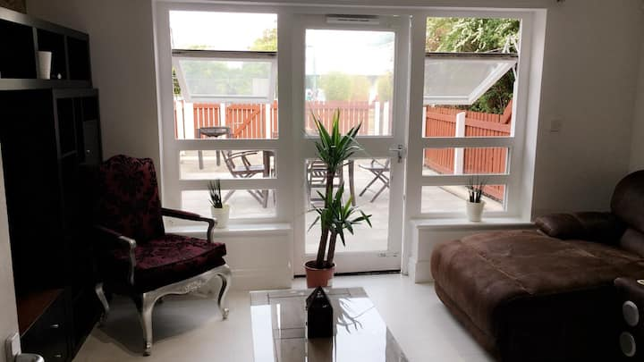 Cosy S.Central Double Room within Reach of Centre